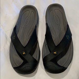 Men's Keen flip flops